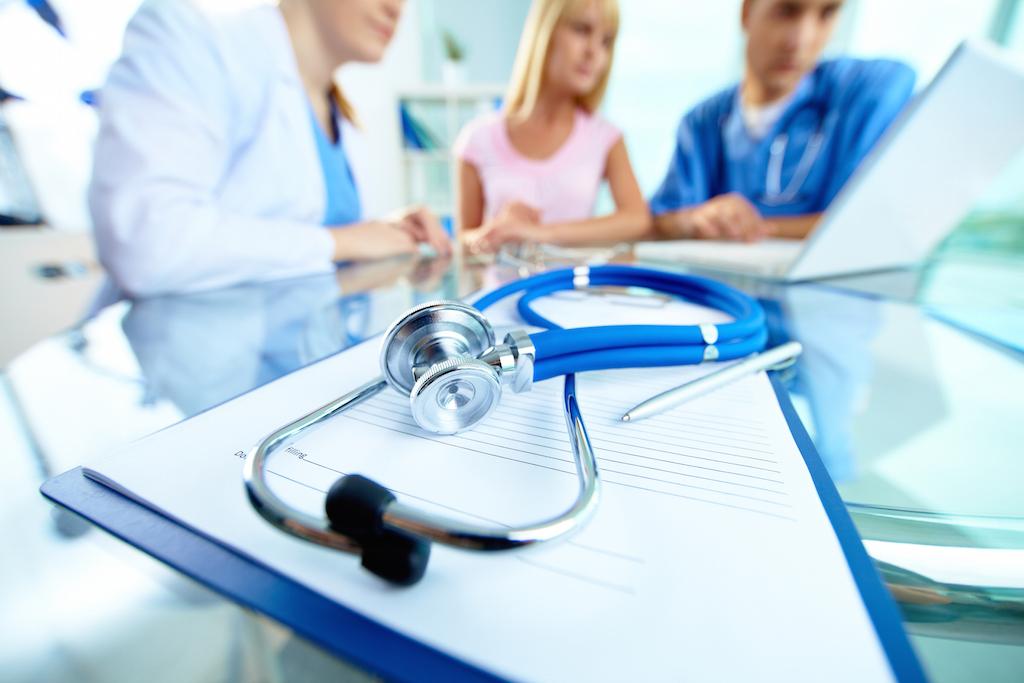 carta de presentacion laboral de sanidad, carta de presentación modelo de sanidad, curriculum vitae para centros medicos