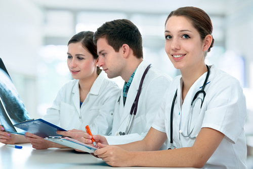 Trabajo en hospitales y clínicas 11