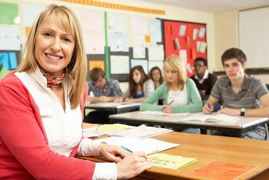 empleo-de-profesor-en-acoruña-y-pontevedra