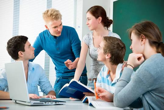 Enviar curriculum a los colegios privados y concertados de Jaén,vacantes centros concertados Jaén,trabajo en colegios Jaén,empleo colegios concertados Jaén