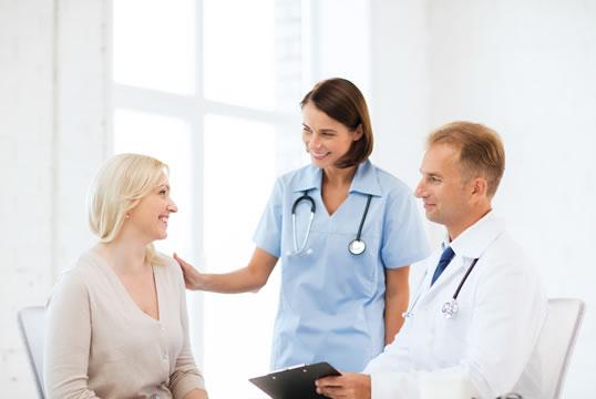 Enviar el curriculum a los hospitales y clínicas privadas de Ávila. Buscar trabajo en hospitales de Ávila, residencias geriátricas