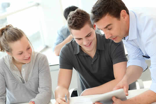enviar curriculum, empresas, servicios de, echar el cv, trabajar Albacete